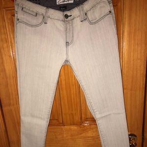 👖 Circa skinny jeans